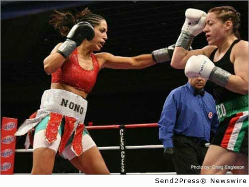 boxer Noemi Bosques in the ring