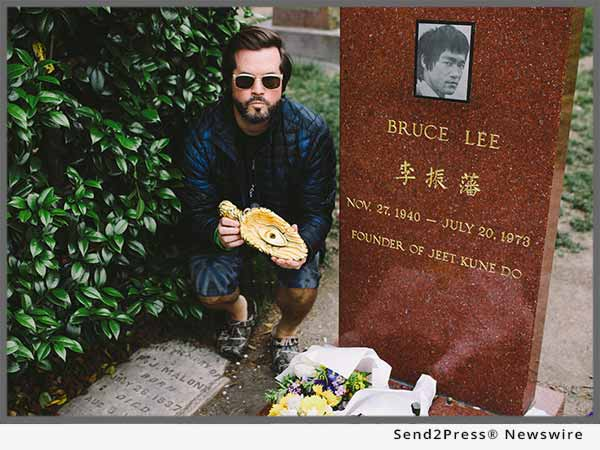 XVALA at Bruce Lee's grave