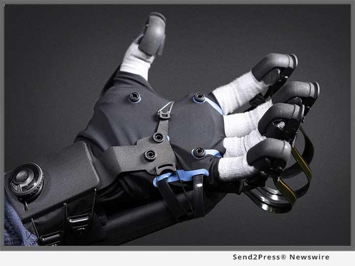 HaptX DK VR Gloves