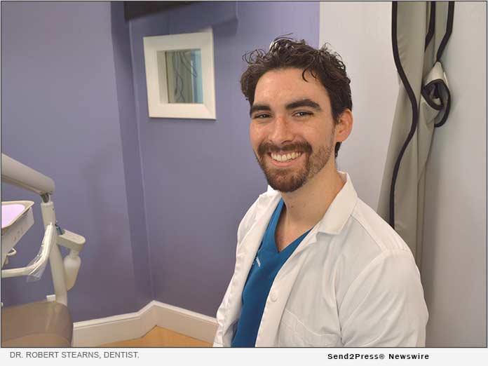 Dr. Robert Stearns, Dentist.